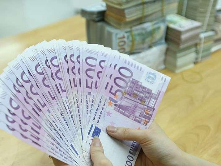cách vay tiền qua thẻ tín dụng